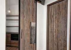 Black trim and hanging hardware contributes to the modern look
