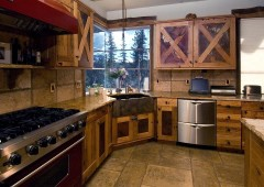 Reclaimed chestnut with rusted steel panels